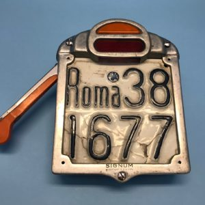 Vespa Signum Semaphore taillight plate holder